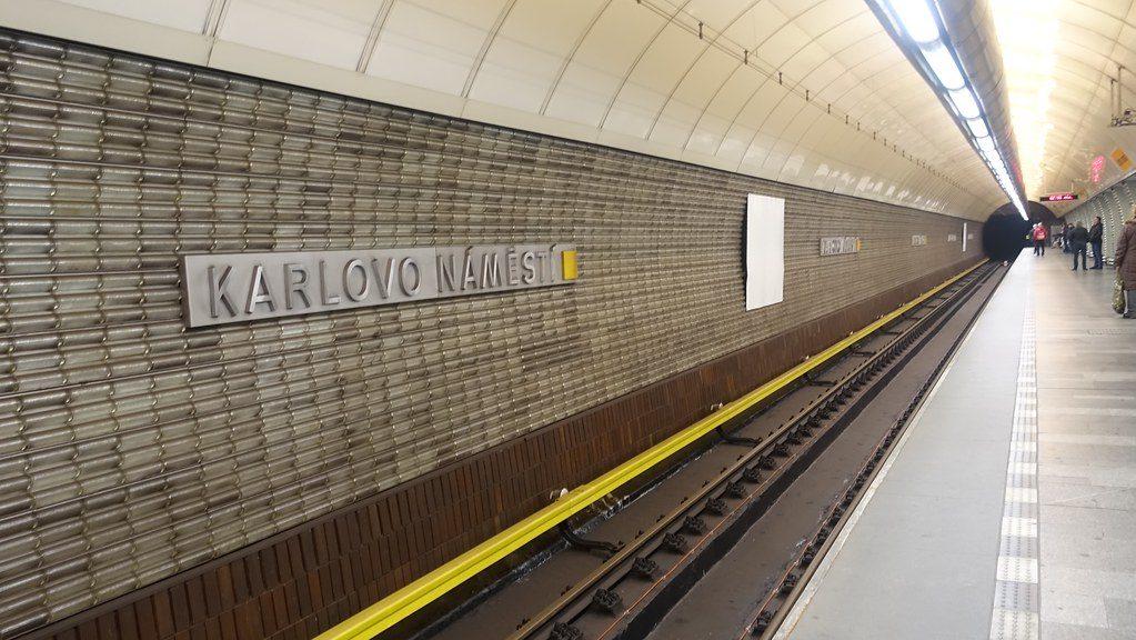 Karlovo Namesti Metro Station